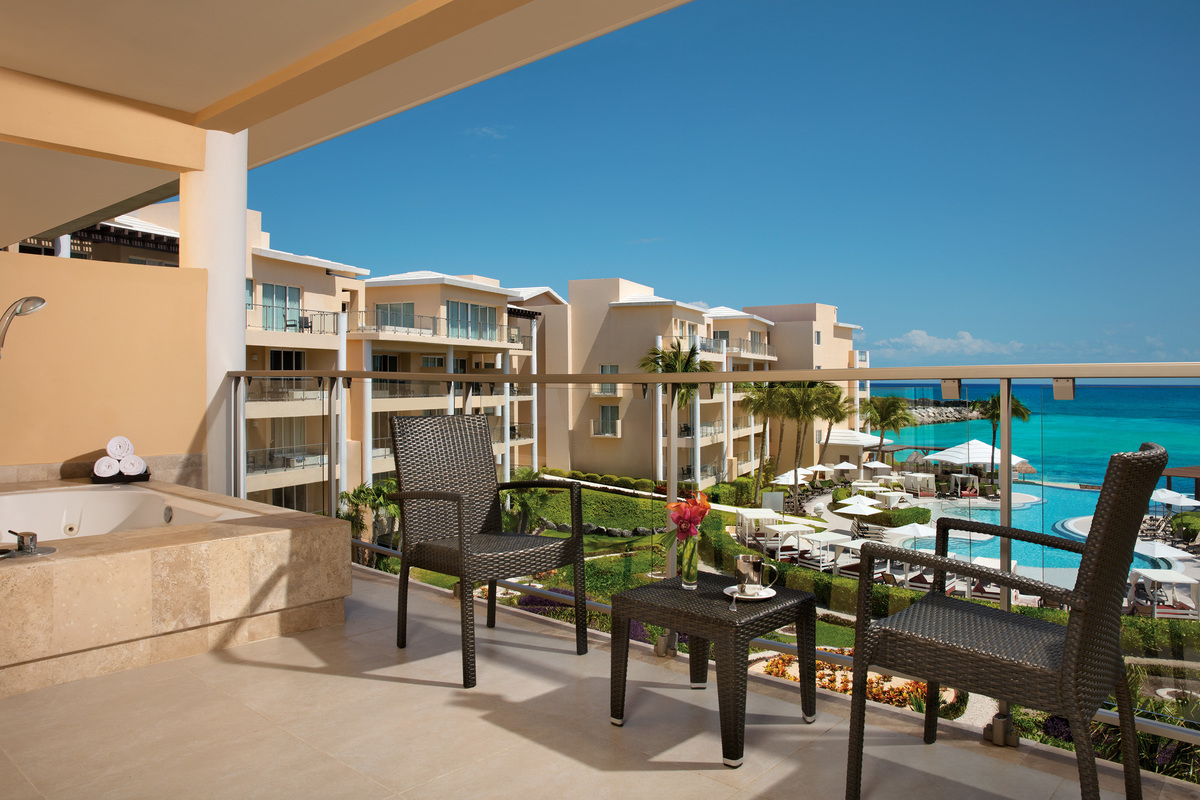 Suite Ocean View Preferred Club - Now Riviera Jade